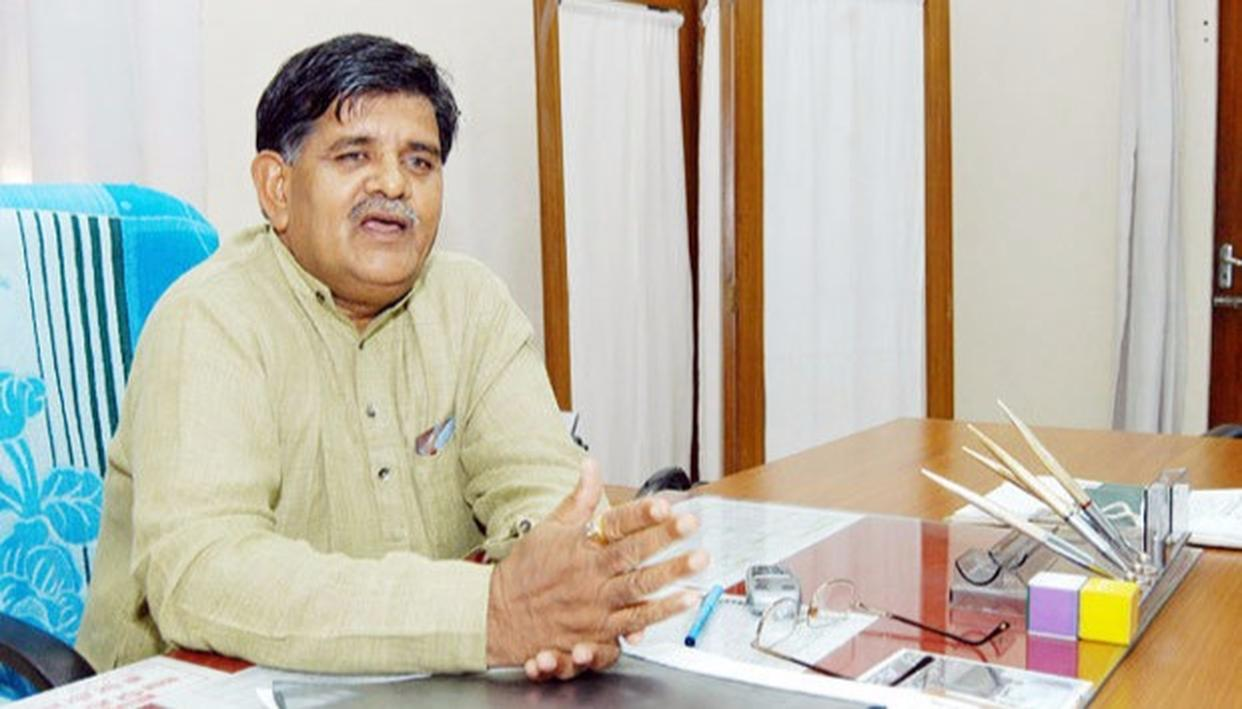 Kataria-led committee to decide fate of Raje gag order