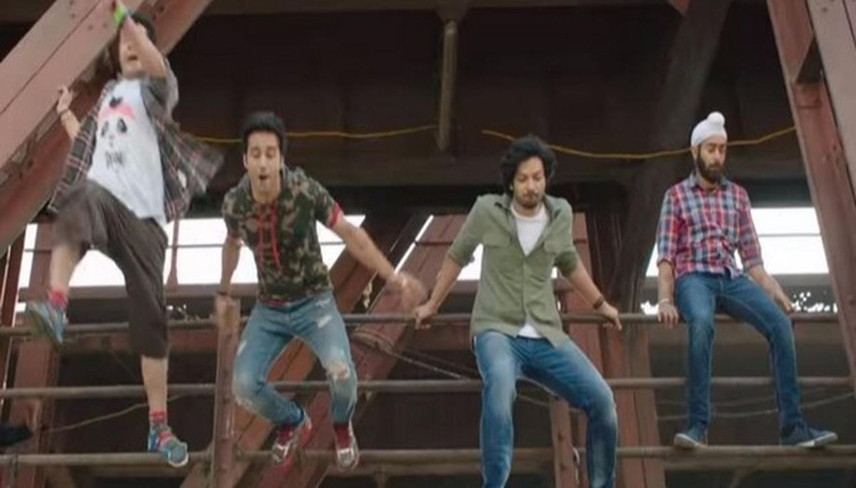 QUIRKY FUKREY RETURNS!