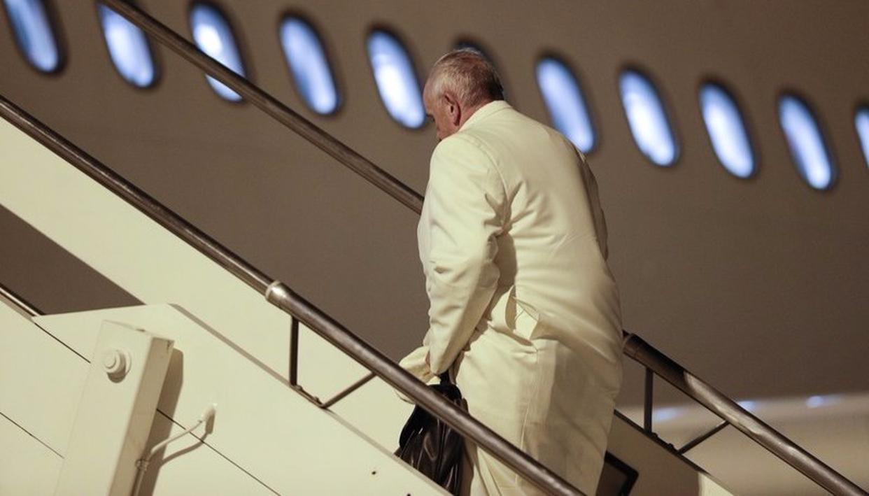 POPE TO BRING PEACE