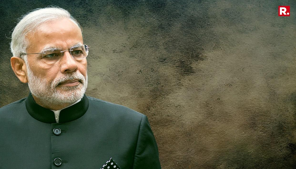 CONG OBJECTS TO MODI ATTENDING A NAVAL FUNCTION