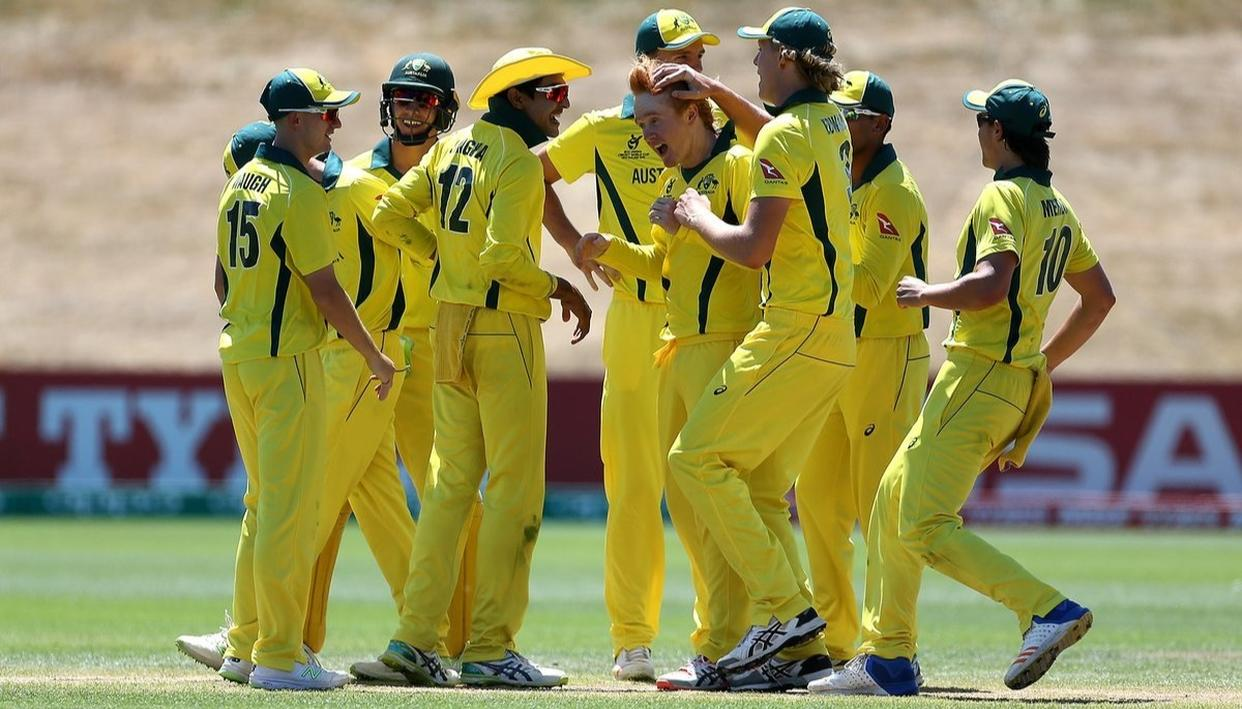 DRAMATIC VICTORY FOR AUS