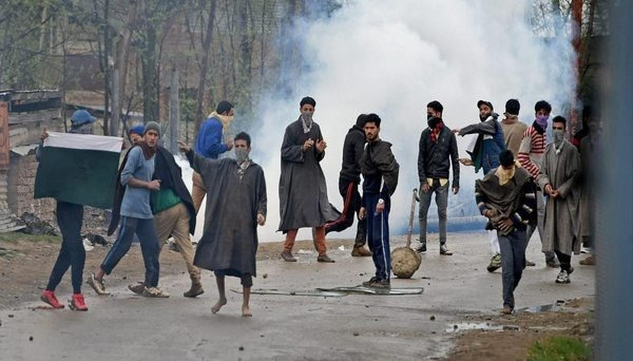 JAMMU YOUTH SHUNS VIOLENCE, RETURNS HOME