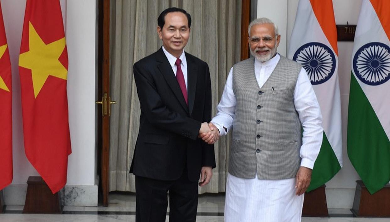 INDIA,VIETNAM: FREEDOM OF NAVIGATION IN SCS