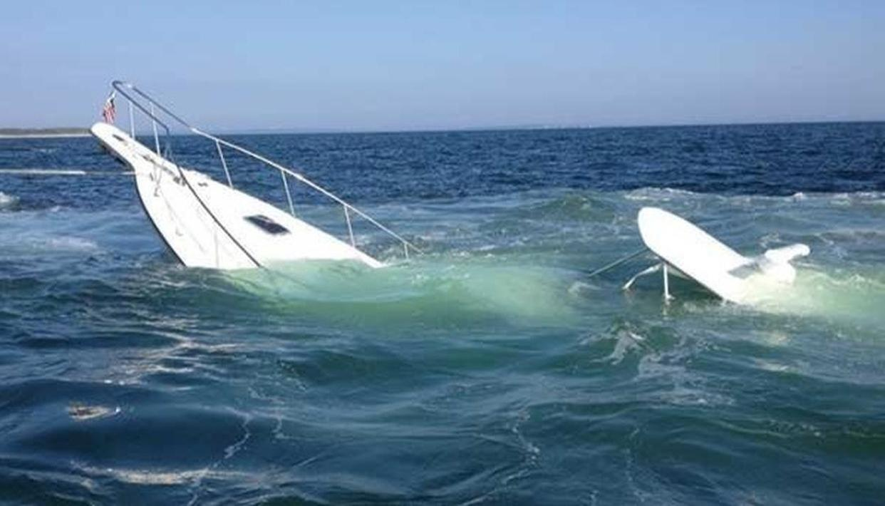 GREECE: DEATH TOLL INCREASES TO 16 IN BOAT SINKING
