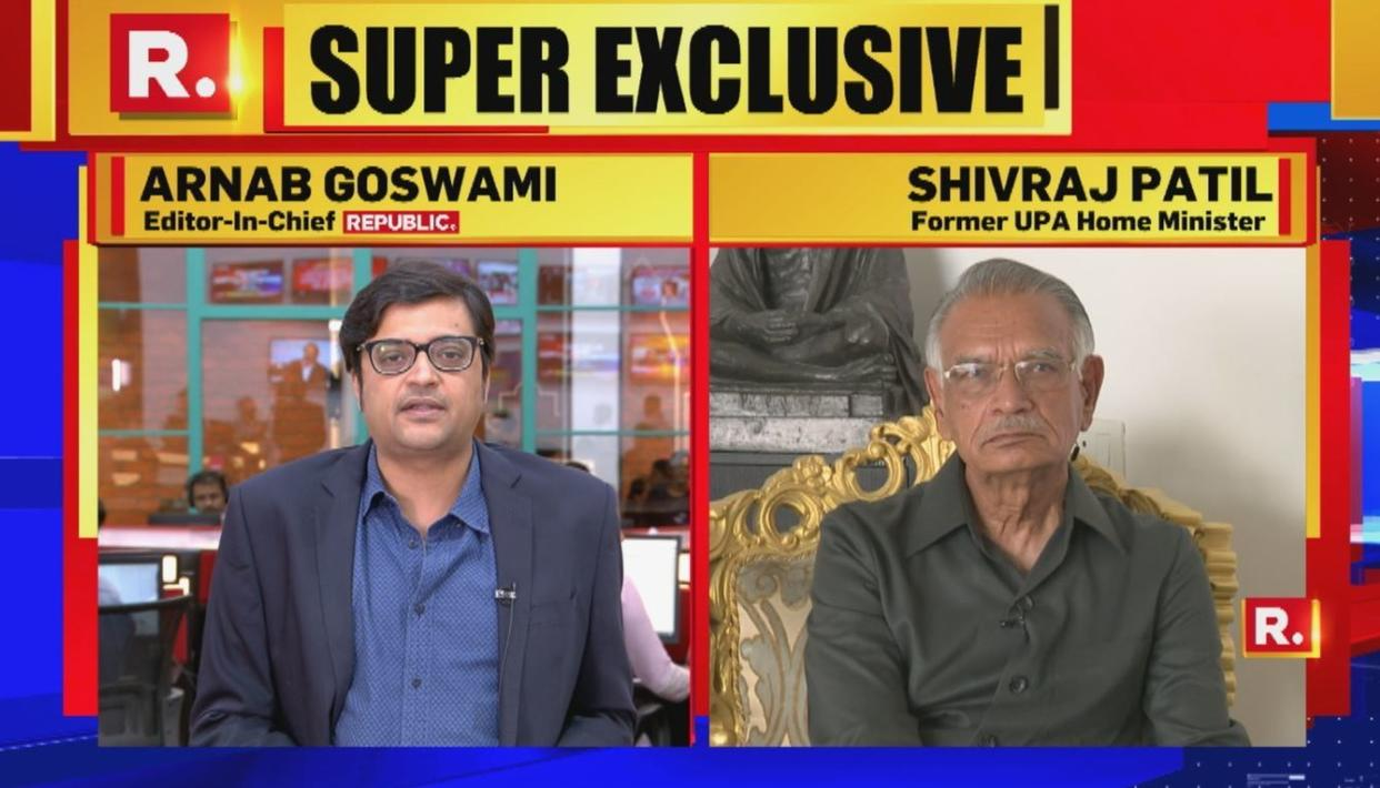WATCH: Arnab confronts former UPA Home Minister Shivraj Patil over 'Hindu terror' charge after 2007 Mecca Masjid blast acquittals - Republic World