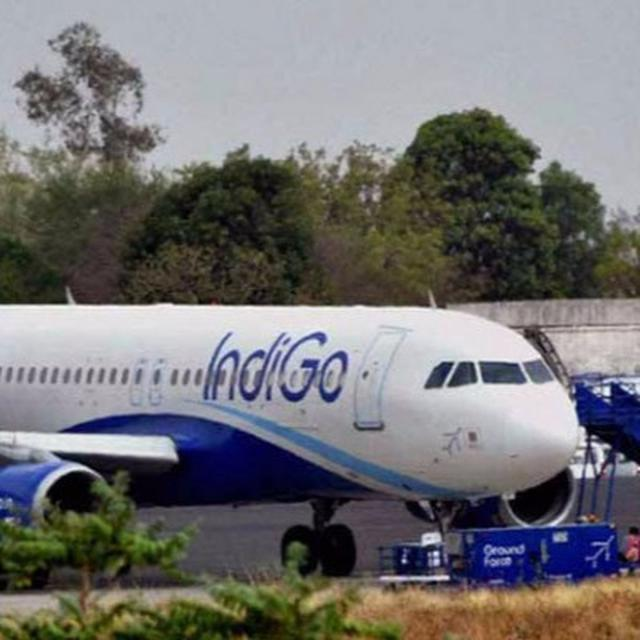 'Airlines can't impose flying ban on anyone'