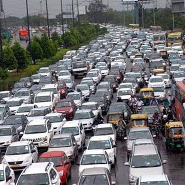 LESS CARS, MORE BUSES IN DELHI