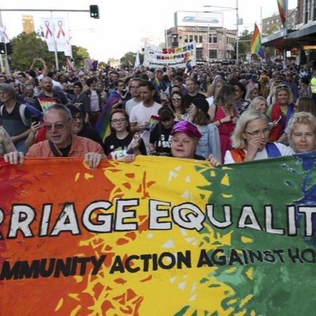 AUSTRALIA SAYS YES TO LOVE