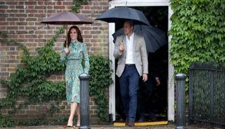 Catherine, Duchess of Cambridge and Prince William, Duke of Cambridge are seen during a visit to The Sunken Garden at Kensington Palace on August 30, 2017 in London, England. Picture credit:  (Getty Images)