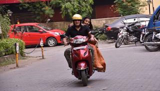 Back on track and the couple seem to be loving the ride   (Pic by Viral Bhayani)