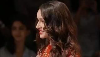 Shraddha Kapoor  walks down the ramp as the showstopper