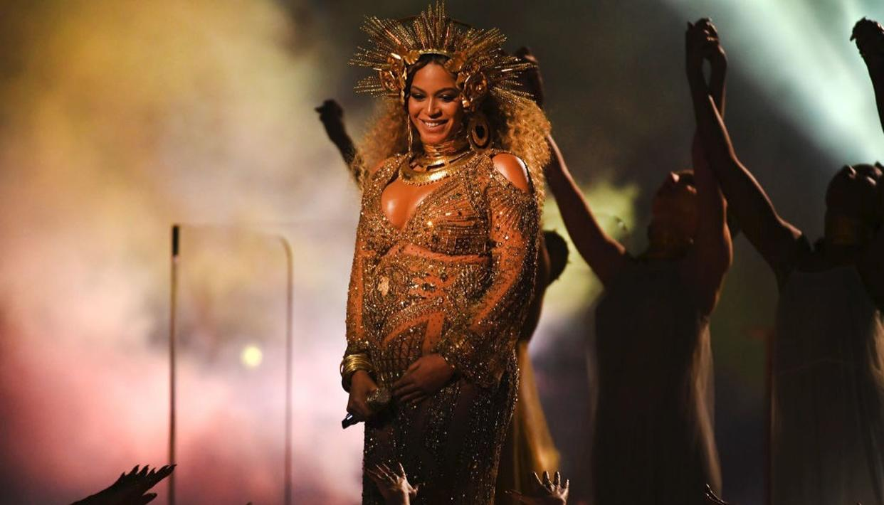Beyonce instagram post has clocked in more than 2 million likes in over an hour (Getty)
