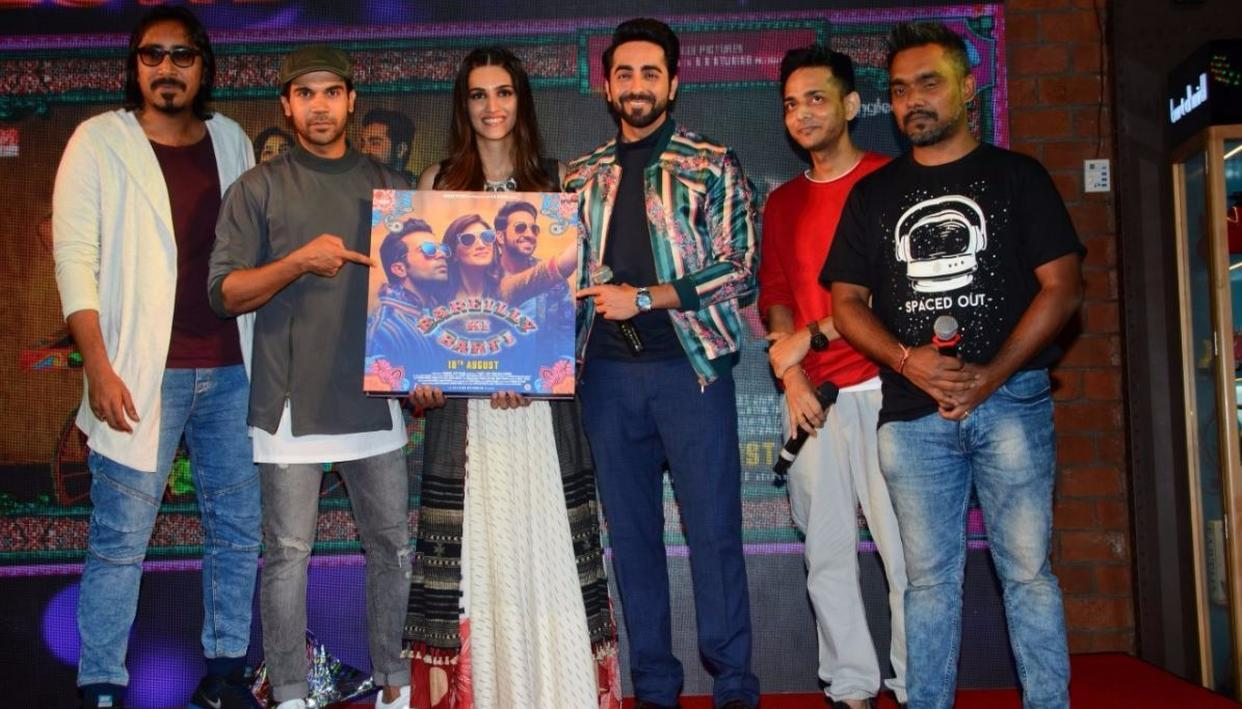 The cast of Bareilly Ki Barfi, including Kriti Sanon, Ayushmann Khurrana and Rajkummar Rao (Credit: Viral Bhayani)