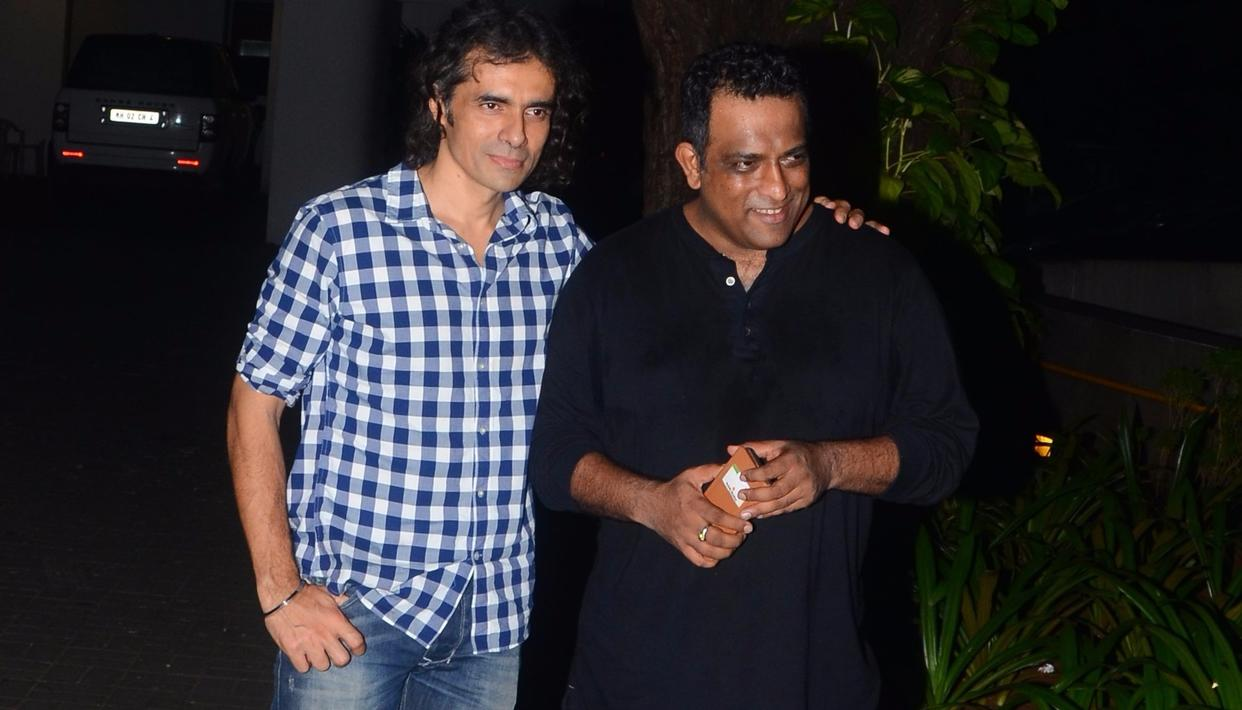 Two of Ranbir's directors — imtiaz Ali and Anurag Basu — were the first to arrive. Were they discussing scripts or Rishi Kapoor's tweets, we wonder?   Pic: Viral Bhayani