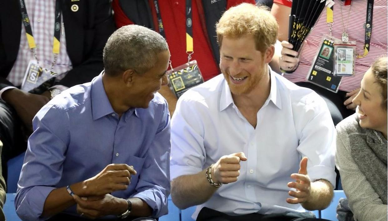 Obama and Harry share a laugh Credit: Getty Images