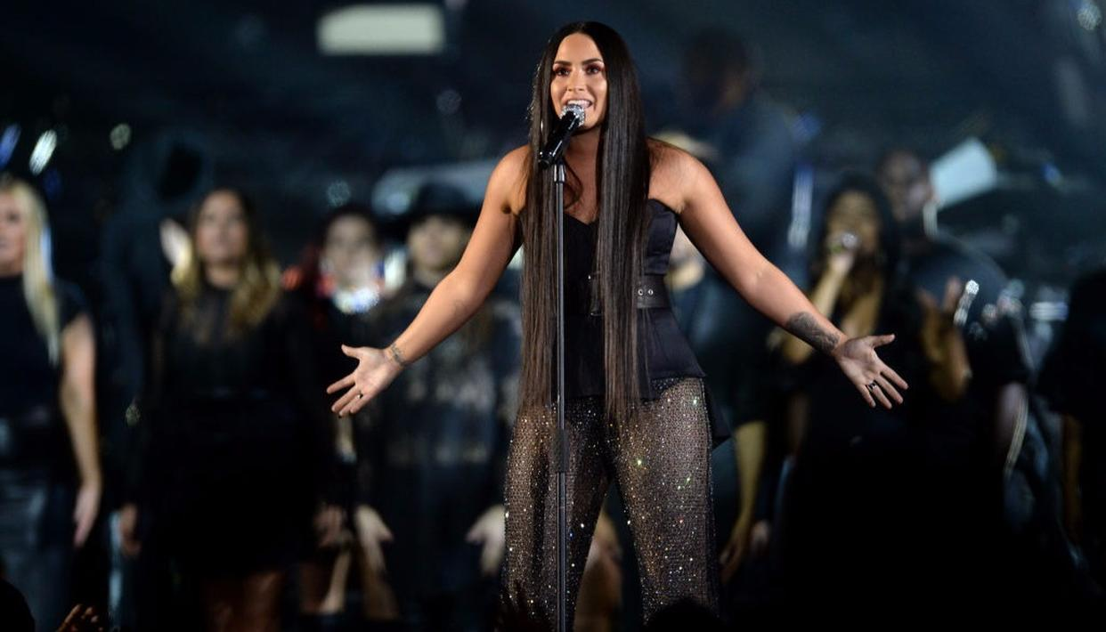 Demi Lovato set the stage on fire as she performed 'Sorry, Not Sorry' at the MTV EMA's 2017 in London
