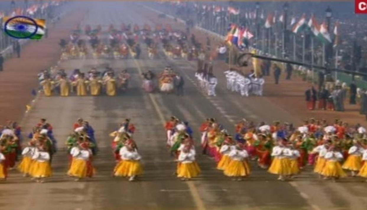 800 school kids perform on different themes at the 69th Republic Day parade