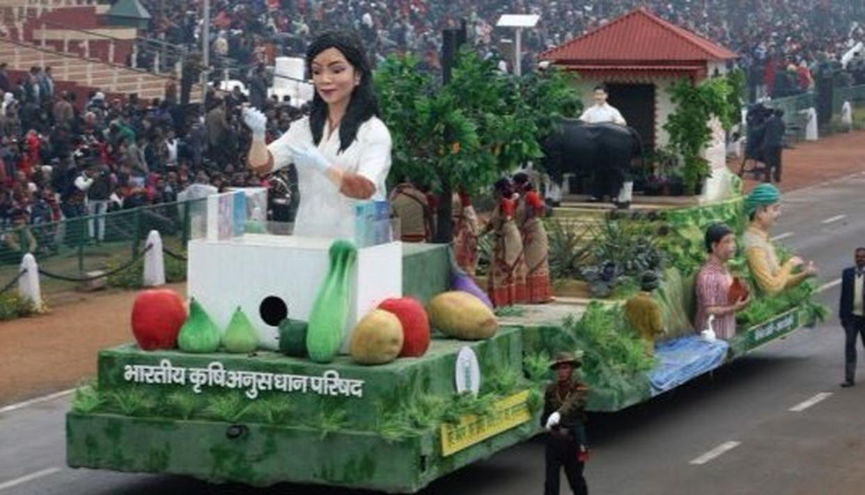 Indian Council of Agricultural Research - Mishrit Kheti, Khushiyon ki Kheti tableau at the 69th Republic Day parade