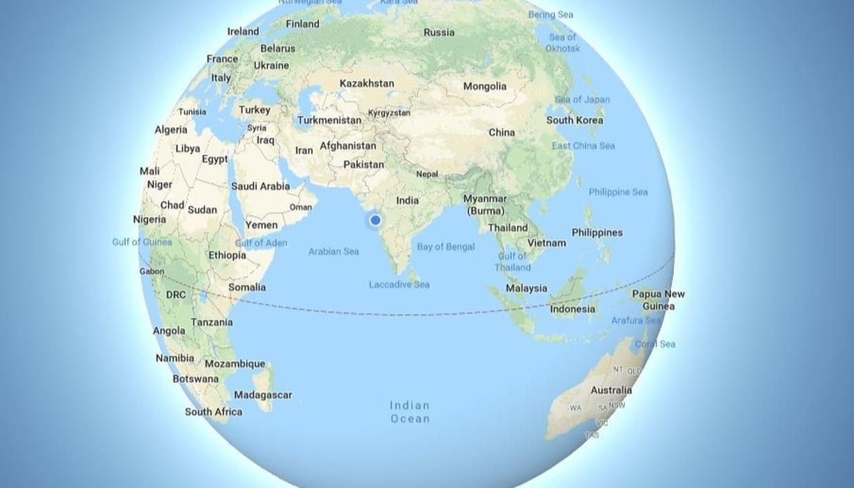 By making the Earth a globe in its desktop version, Google Maps has