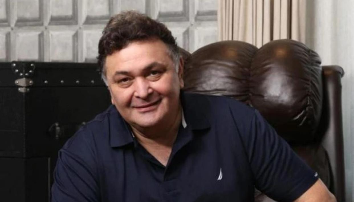 Rishi Kapoor overwhelmed with fans love