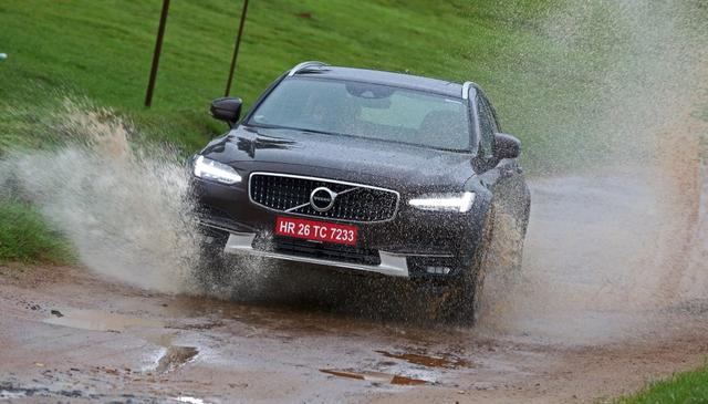 Volvo V90 Cross Country Review: First Drive