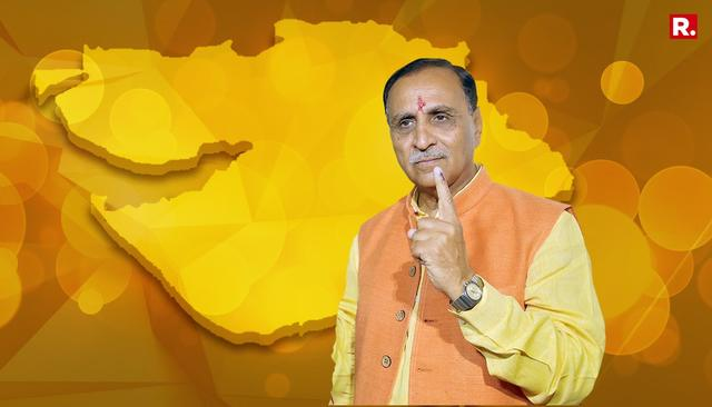 WATCH: RUPANI TAKES OATH