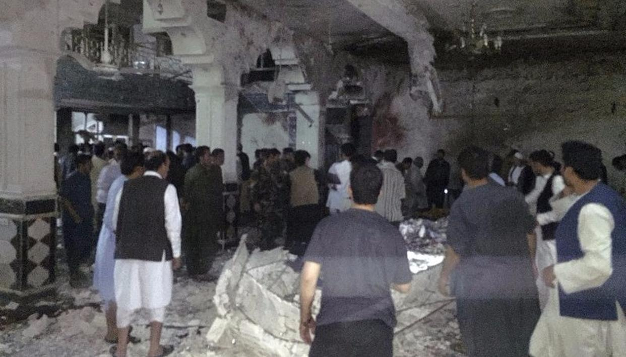Suicide blast at Shiite Mosque in Afghanistan kills 29