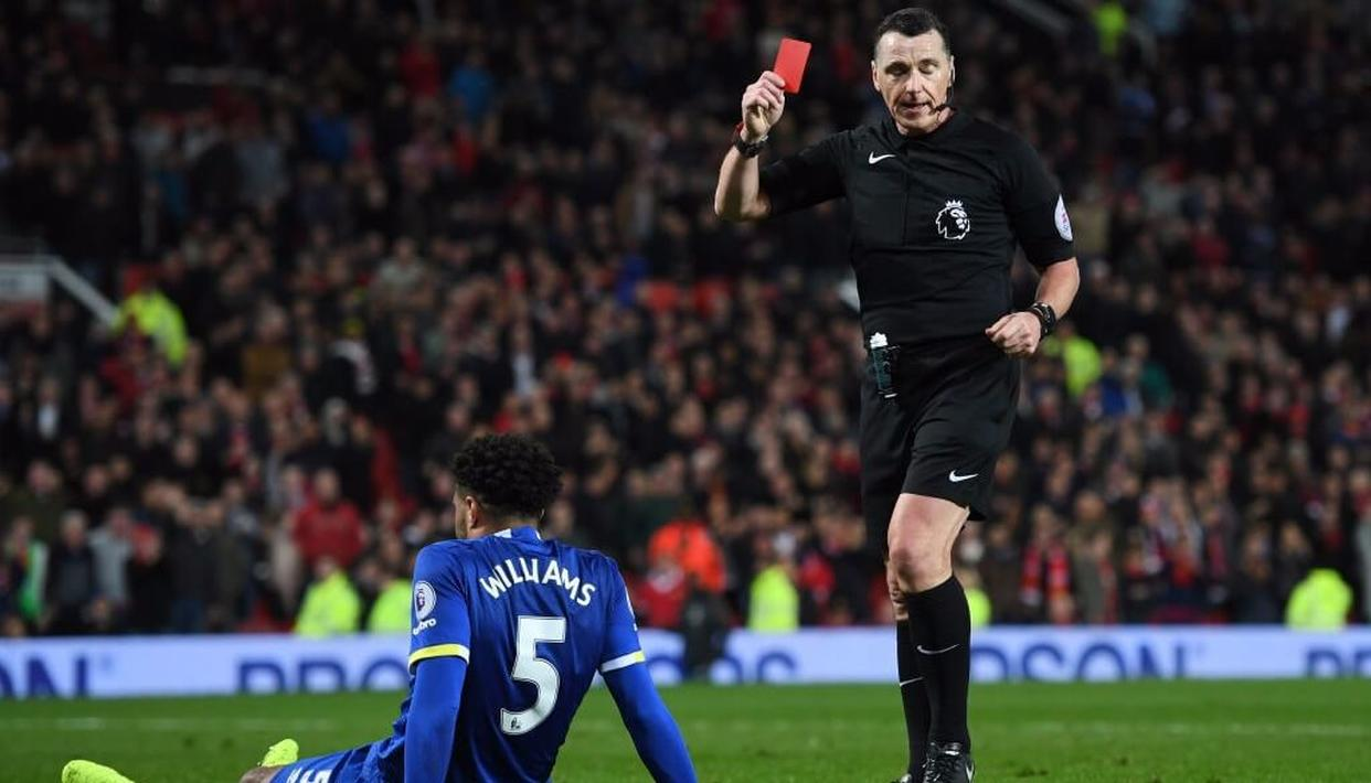 Red card for football coaches?