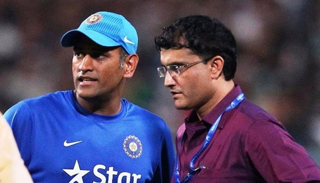 """""""DHONI HAS TO PLAY DIFFERENTLY IN T20Is"""""""