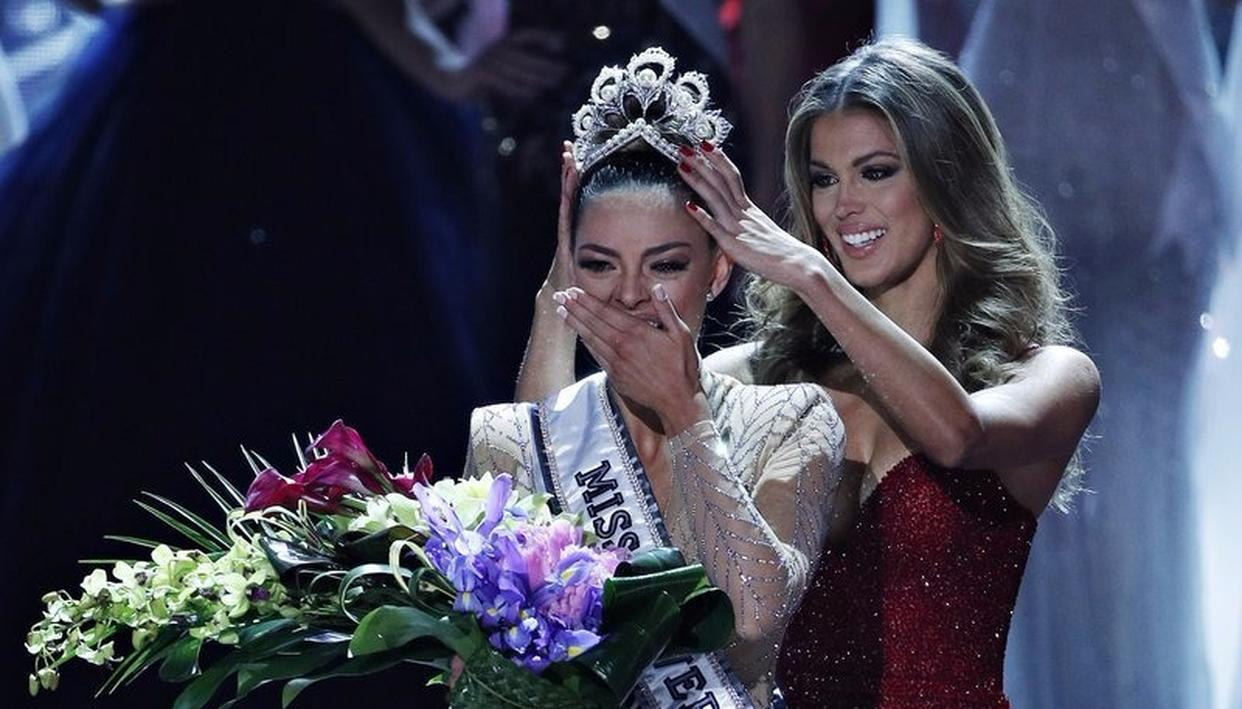 MISS UNIVERSE CROWNED