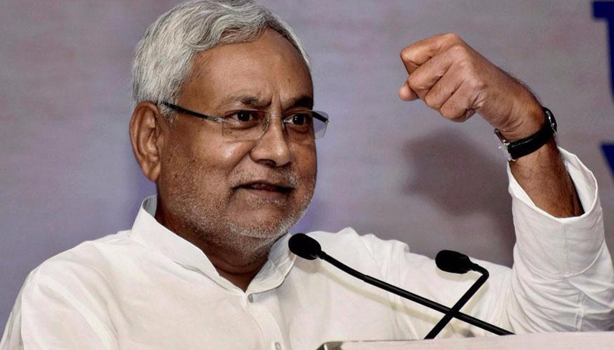 NITISH SPEAKS ON PADMAVATI ROW