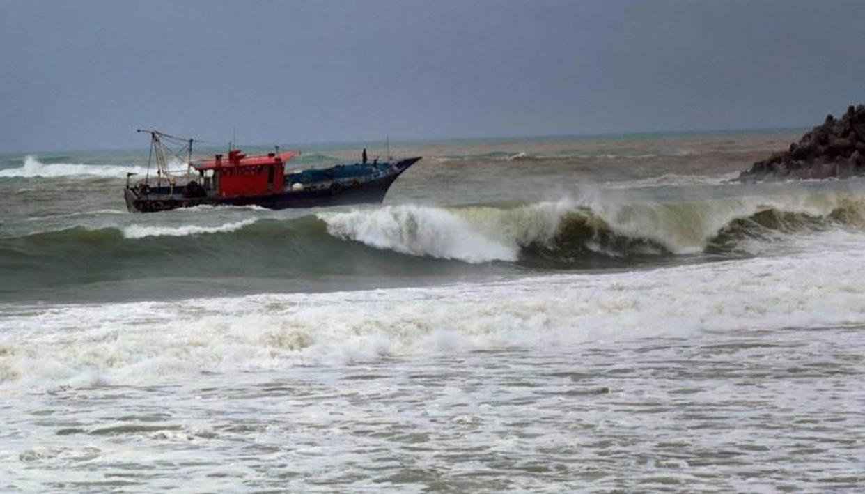 SEARCH OPS ON TO TRACE FISHERMEN