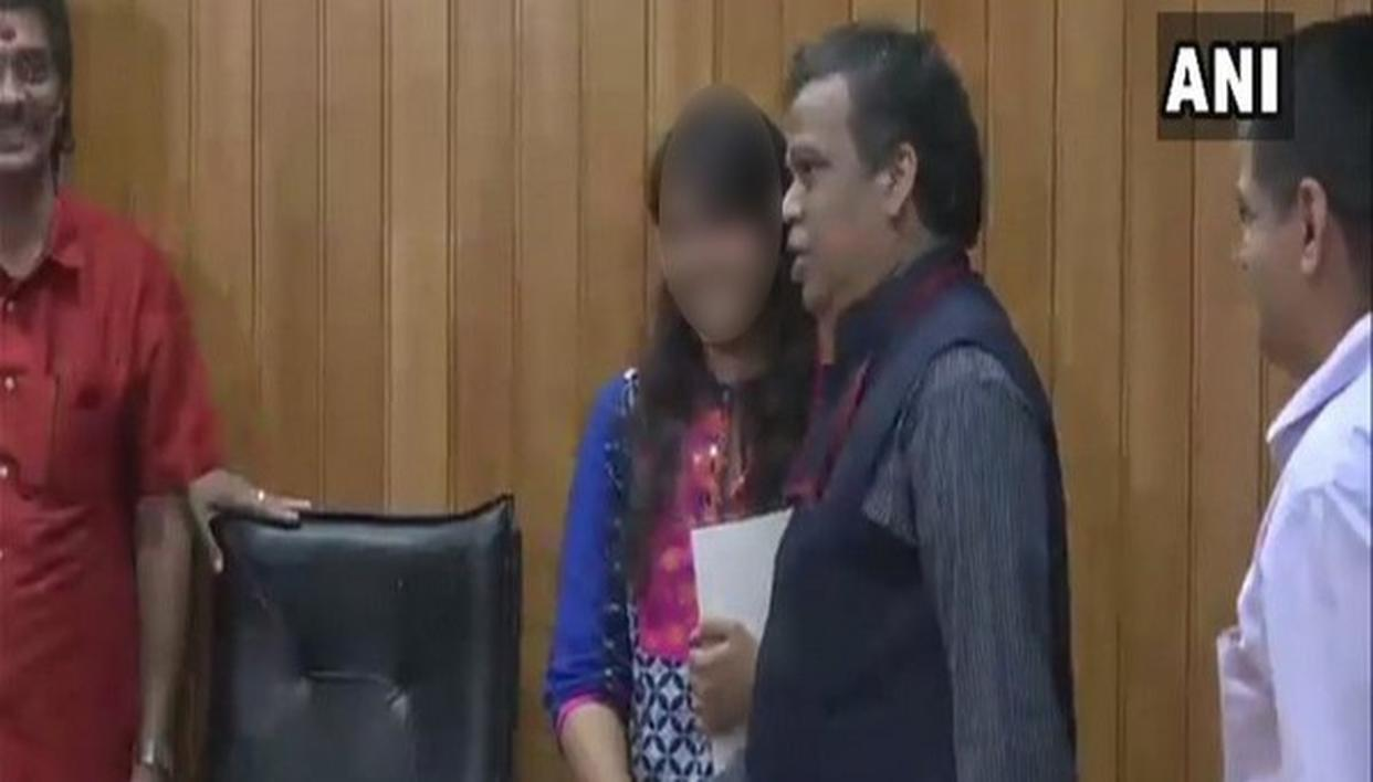 ACTRESS, WHO WAS MOLESTED, HONOURED
