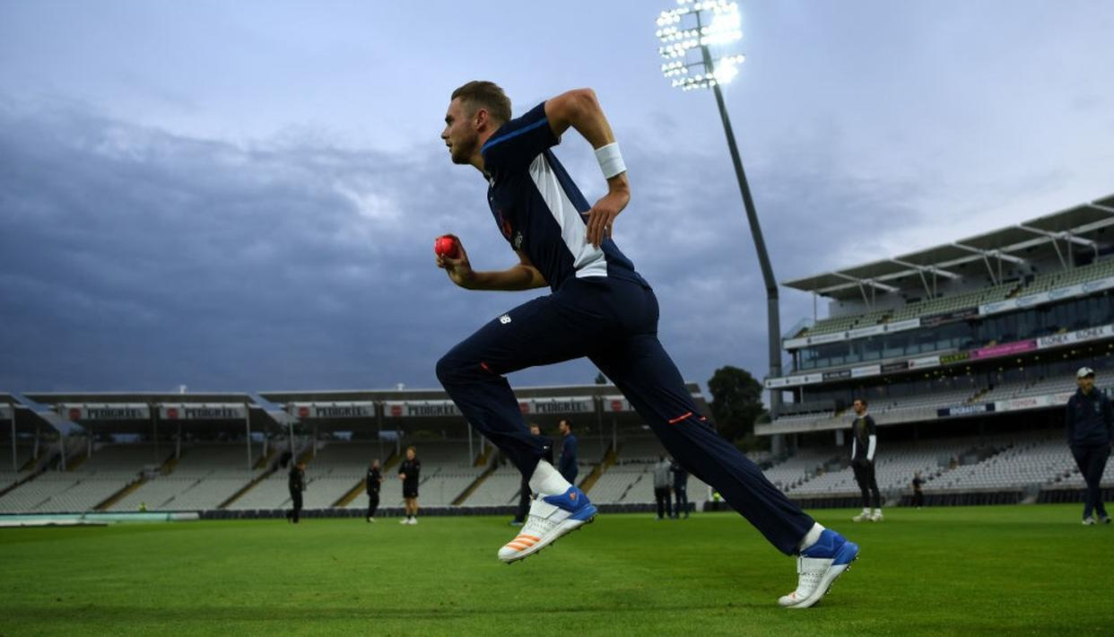 BROAD CHANGES BOWLING ACTION