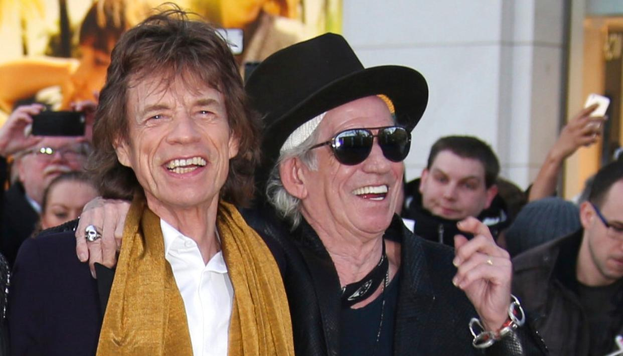 KEITH APOLOGISES TO JAGGER