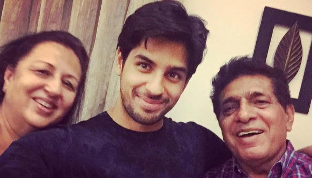 WHEN SIDHARTH'S MOTHER TRIED TO SNATCH HIS JEANS