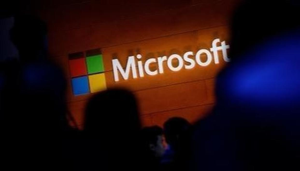 BLACKBERRY PARTNER WITH MICROSOFT
