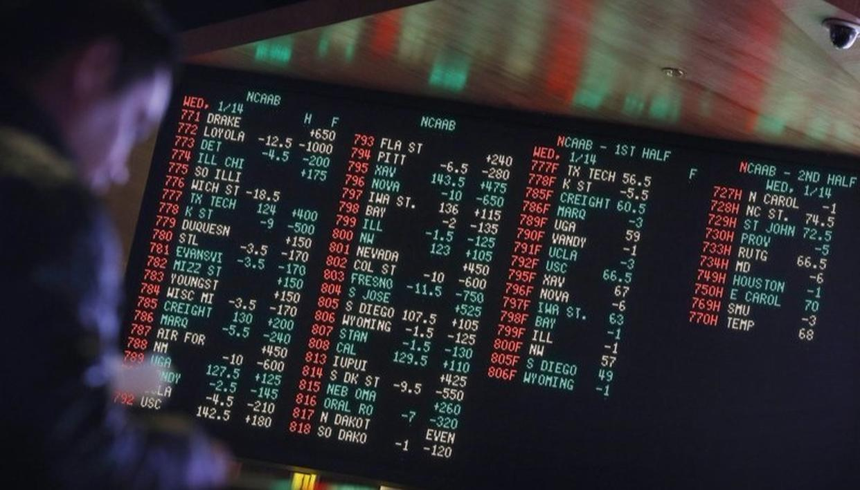 US: STATES MOVE TO LEGALIZE SPORTS GAMBLING