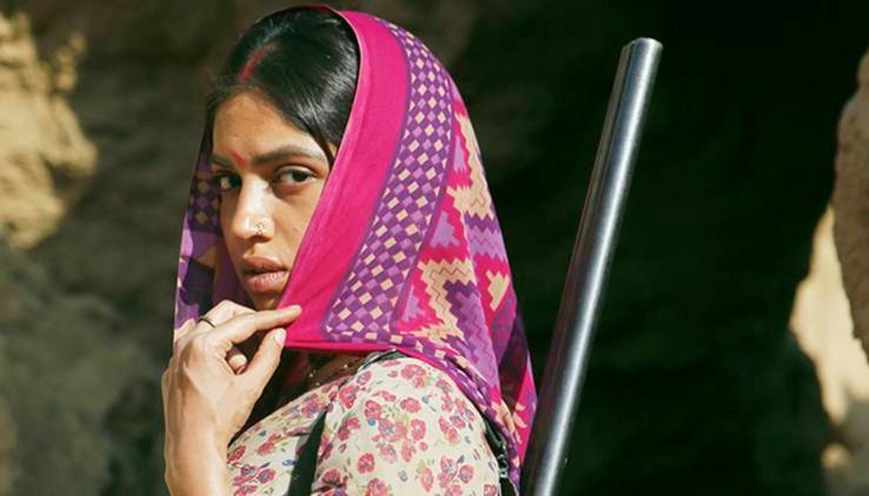 BHUMI PEDNEKAR'S LOOK FROM 'SONCHIRIYA' IS OUT!