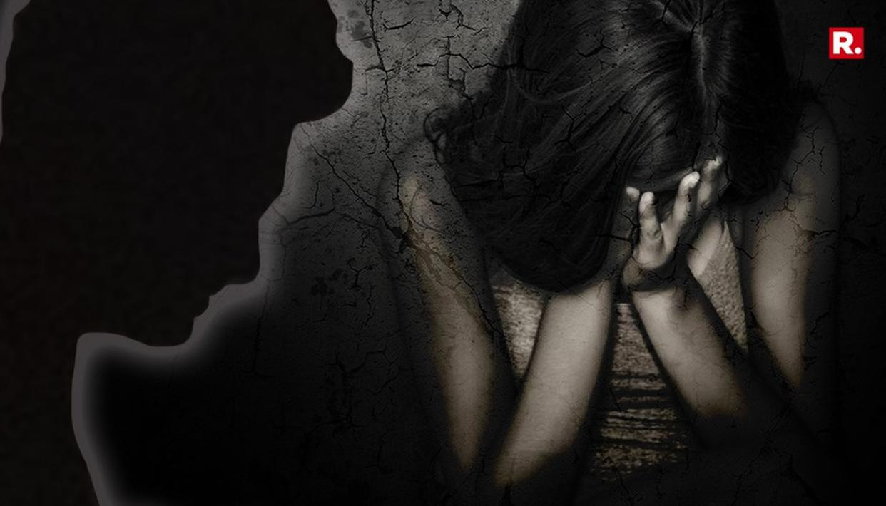 MUMBAI FASHION DESIGNER ARRESTED FOR RAPING HIS DAUGHTERS