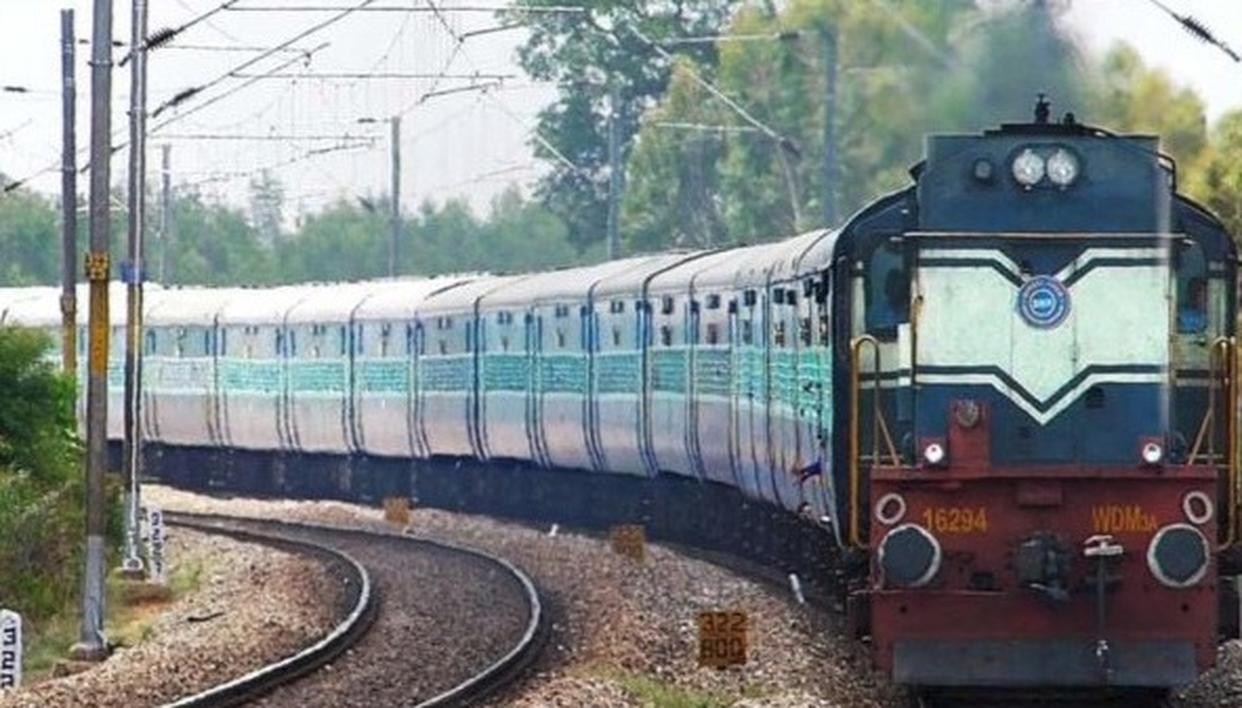 RAILWAYS TO SOON GET OPTIONAL BED ROLLS