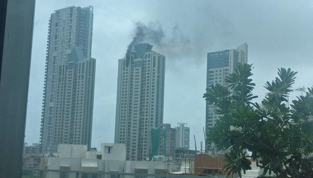 FIRE IN MUMBAI HIGH-RISE