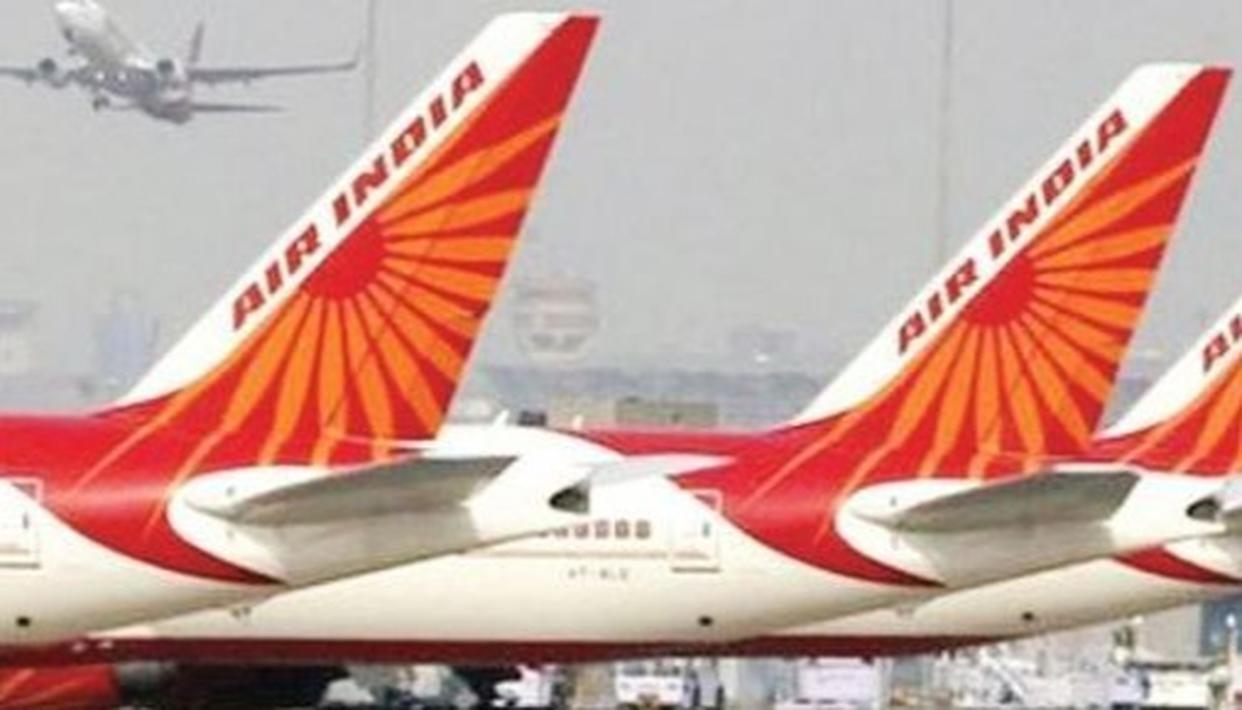 DRUNK MAN ON AN AIR INDIA FLIGHT URINATES ON A WOMAN'S PASSENGER SEAT