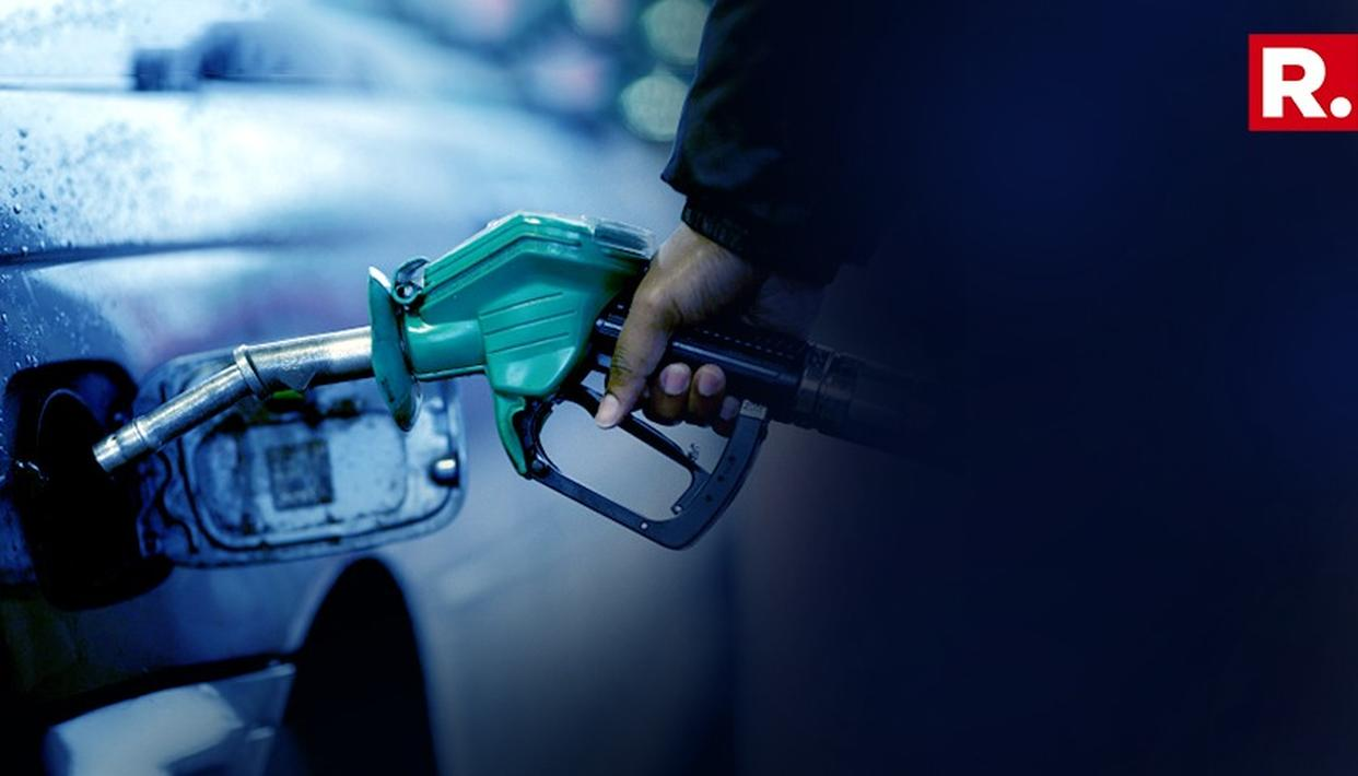 FUEL PRICES HIKE: PETROL PRICE CROSSES RS 90 MARK IN MUMBAI