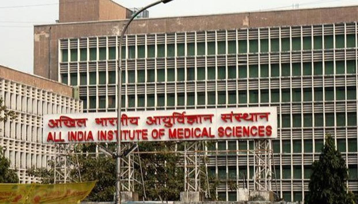 QUARREL OVER CENTRAL CABINET'S NON-APPROVAL FOR CONSTRUCTING ALL INDIA INSTITUTE OF MEDICAL SCIENCES IN TAMIL NADU