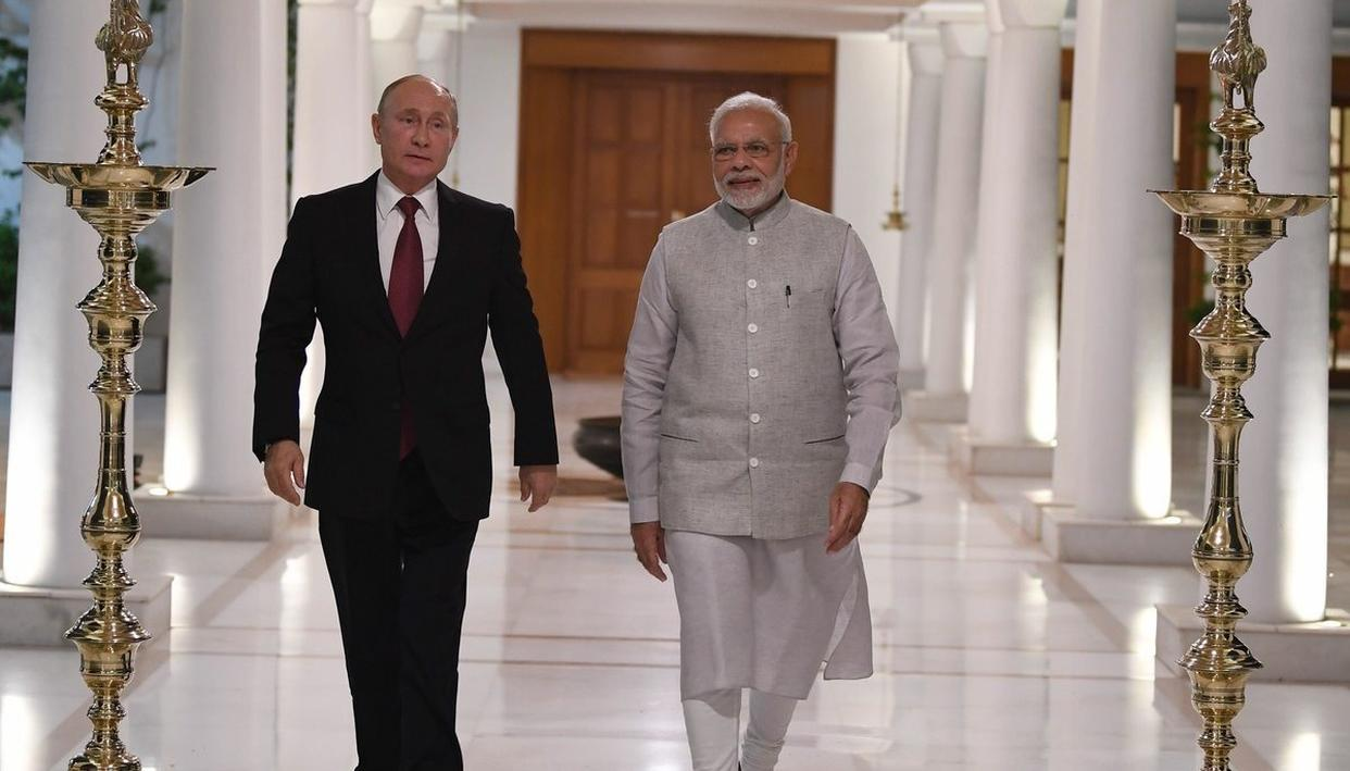 PUTIN IN INDIA: PM MODI, PUTIN DECLARE 'CLOSE BOND OF FRIENDSHIP'