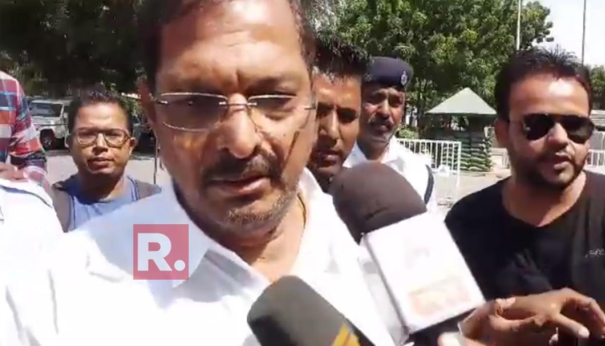 EXCLUSIVE | NANA PATEKAR RETURNS TO MUMBAI AMIDST SEXUAL HARASSMENT ALLEGATIONS. HERE'S WHAT HE HAD TO SAY