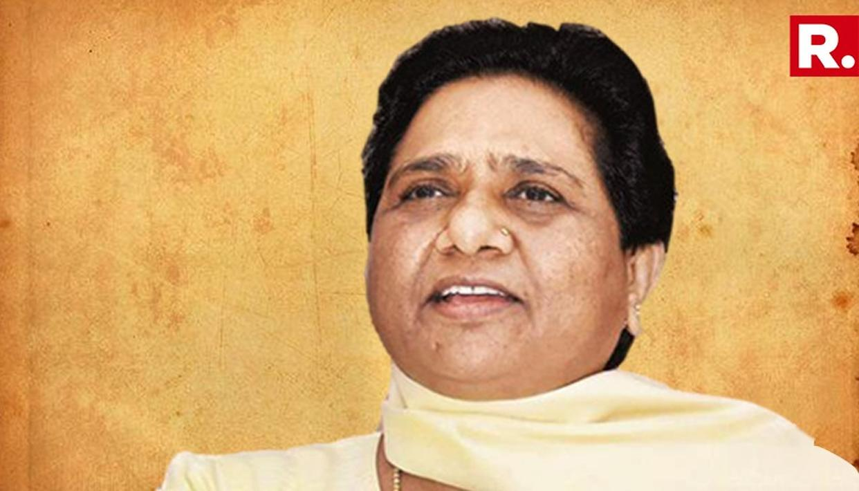 ''NORTH INDIANS ARE NOT FOREIGNERS'' SAYS MAYAWATI ON GUJARAT MASS EXODUS