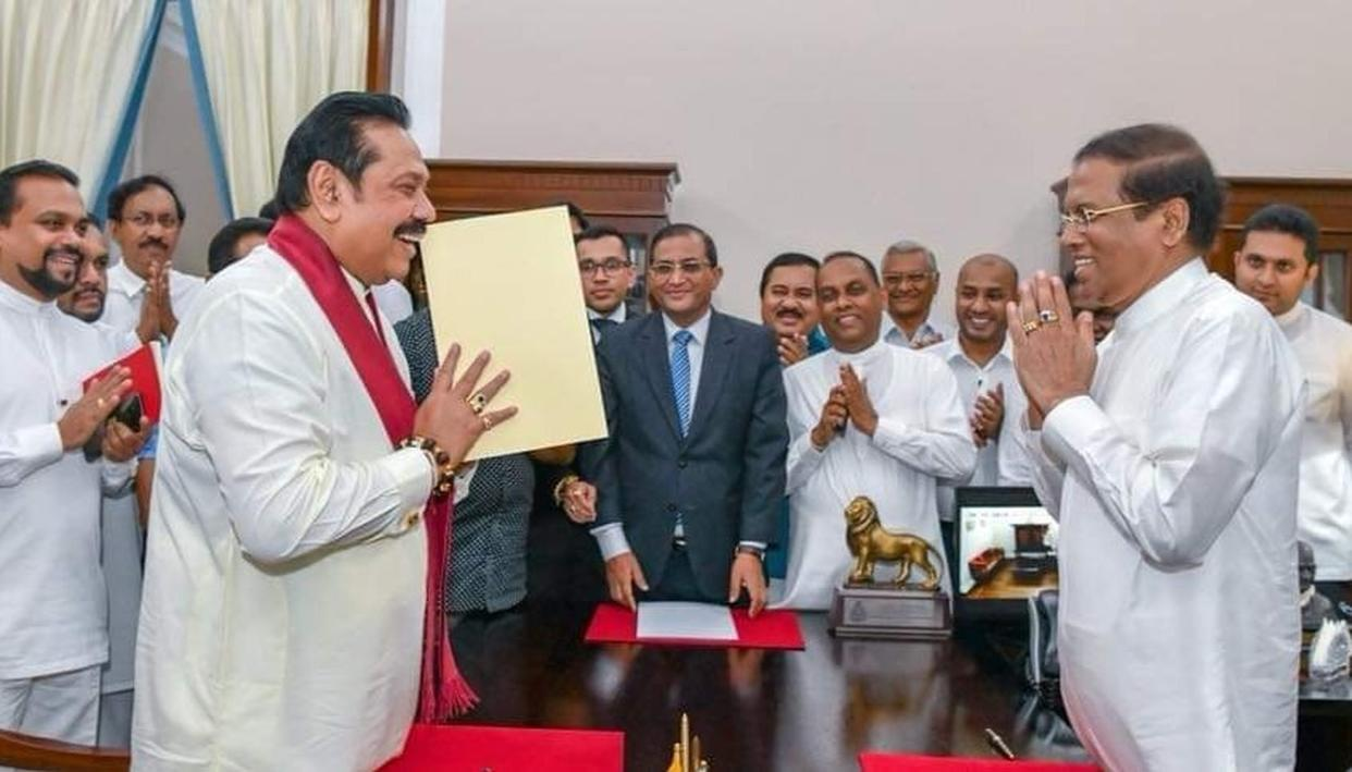 NEW PM OF SRI LANKA, MAHINDA RAJAPAKSA SWEARS IN
