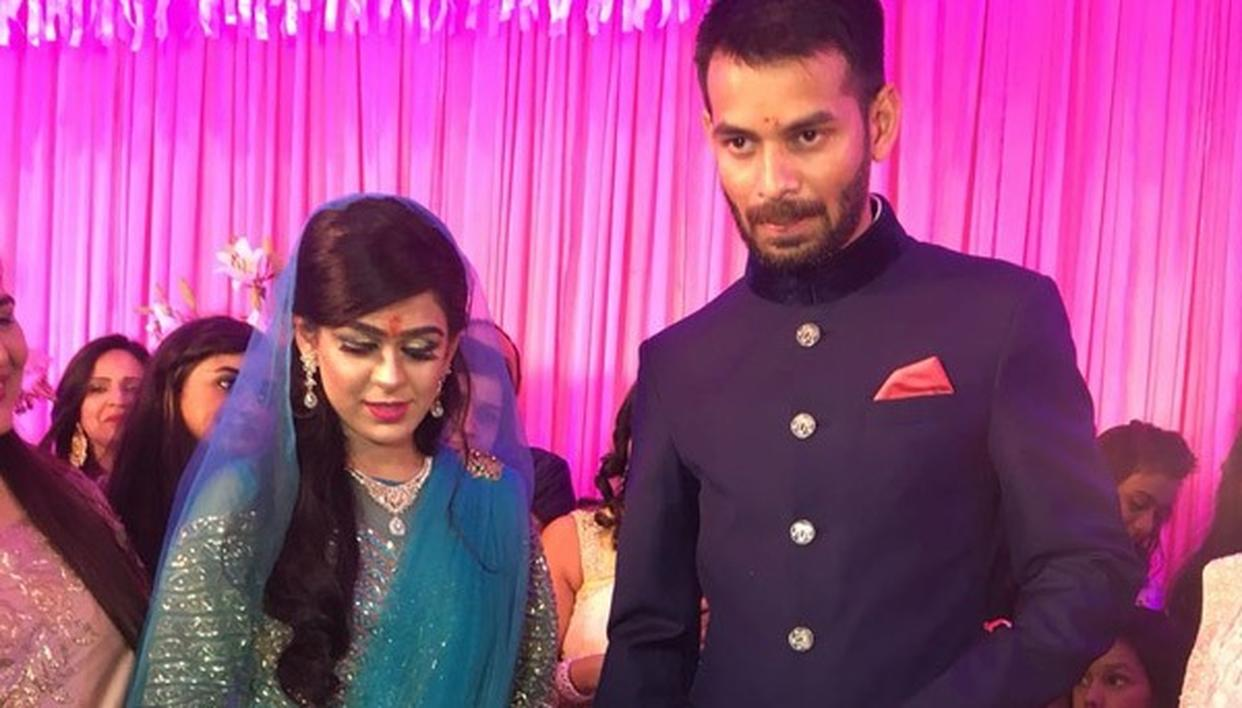 TEJ PRATAP ADAMANT TO END MARRIAGE